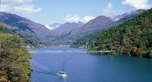 井川湖.jpg