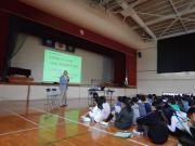 重岡さん講演.JPGのサムネイル画像