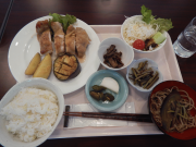 在来作物を使用した昼食② (1).png