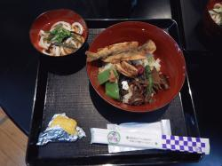 7860_在来作物昼食.JPG