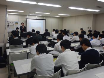 9126_担当課長あいさつ.JPG